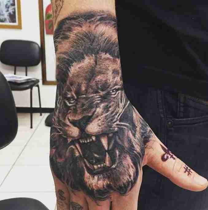 fotos de tatuagens leão - 46 @gutattooist