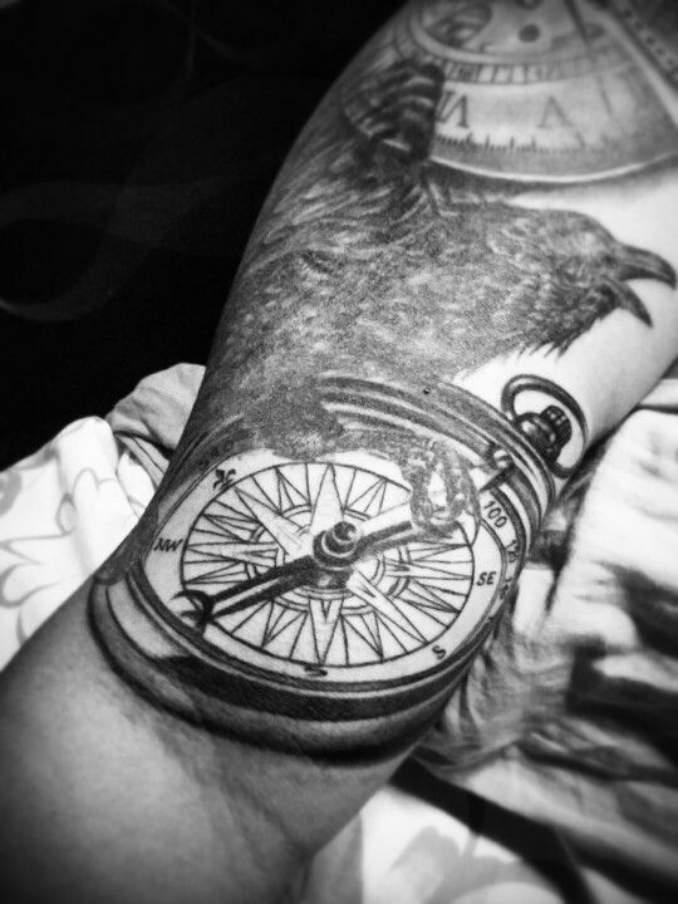 tatuagens de corvo 11