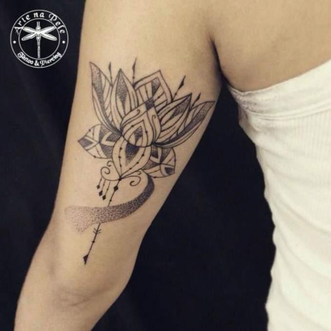 Tatuagem flor de lótus 17