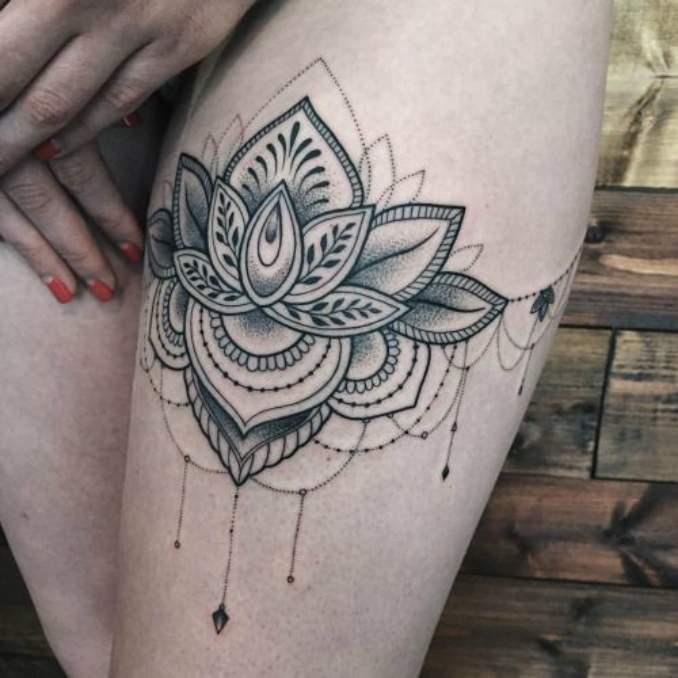 Tatuagem flor de lótus 25