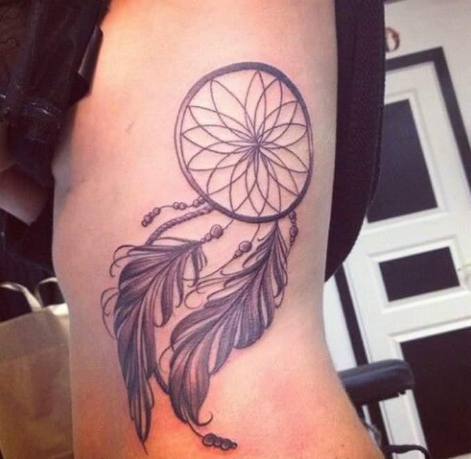Tatuagem de filtro dos sonhos 18