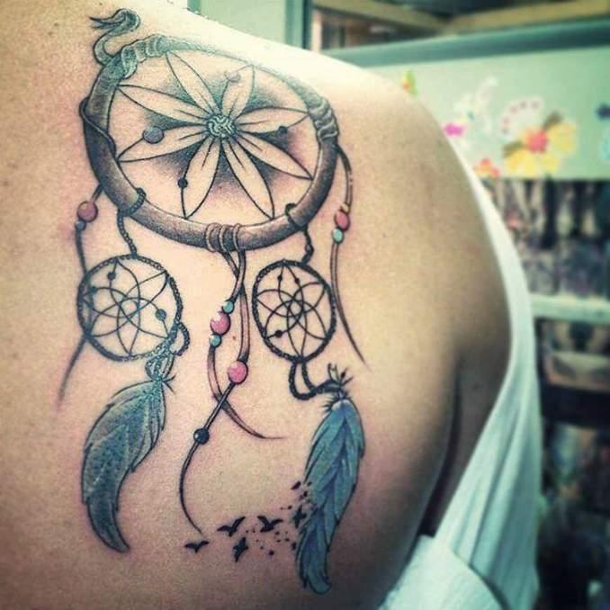 Tatuagem de filtro dos sonhos 40